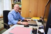 Gemeindepräsident Paul Keller in seinem Büro im Gemeindehaus Gottlieben. (Bild: Mario Testa)