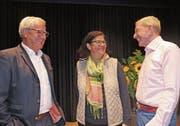 Die Gäste Victor Rohner und Marianne Oehler hatten sichtlich Spass an den Fragen von Moderator Kurt Aeschbacher. (Bild: Benjamin Schmid)
