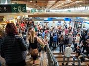 Gedränge in den Degustationshallen der diesjährigen Olma. (Bild: Hanspeter Schiess - 12. Oktober 2019)