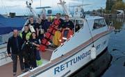 Die Mitglieder der Seerettung Rorschach räumten das Rettungsboot Christopherus, das ausser Dienst gestellt wurde. (Bild: Gerhard Huber)
