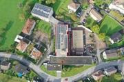Alle Gebäude des BWZ Uri nutzen neu die Energie des regionalen Fernwärmenetzes. (Bild: Baudirektion Uri)