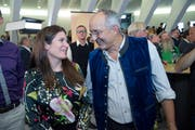 Der grünliberale Neo-Nationalrat Thomas Brunner mit GLP-Kantonalpräsidentin Nadine Niederhauser. (Bild: Ralph Ribi - 20. Oktober 2019)