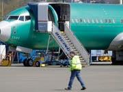 Mitten in der Krise um die Flugzeugreihe 737-Max hat der Boeing-Konzern am Dienstag den Chef der Passagierflugzeugsparte ausgewechselt. (Bild: KEYSTONE/AP/TED S. WARREN)