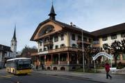Das Hotel Kurhaus Flühli wird bereits wieder geschlossen. (Bild: Eveline Beerkircher, Flühli, 1. März 2017)