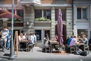 Das Restaurant Focacceria an der Metzgergasse 22 zieht viele Besucher an. (Bild: Ralph Ribi - 22. Mai 2018)