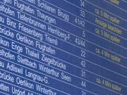 Auf dem SBB-Schienennetz haben Verspätungen in letzter Zeit zugenommen. Das Bahnunternehmen reagiert nun mit Sofortmassnahmen. (Bild: KEYSTONE/ENNIO LEANZA)