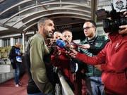 Fabio Celestini muss die schwachen Leistungen seiner Mannschaft erklären. (Bild: KEYSTONE/Ti-Press/ALESSANDRO CRINARI)