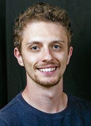 Omar Barone ist der Künstlerische Leiter des ZJSO.