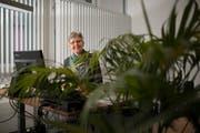 Seit 19 Jahren steht Erika Schiltknecht dem Jungunternehmerzentrum in Flawil als Leiterin vor. Nächstes Jahr allerdings ist Schluss: Die 63-Jährige geht in Pension. (Bild: Benjamin Manser)