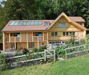 Das Haus von Ruedi Lanker in Niederteufen ist ein gutes Beispiel für eine nachhaltige Sanierung.Bild: Karin Erni
