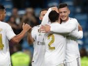 Luka Jovic freut sich über seinen ersten Treffer für Real Madrid (Bild: KEYSTONE/AP/BERNAT ARMANGUE)