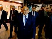 Adel Abdul-Mahdi hatte seinen Posten als Chef einer fragilen Koalitionsregierung erst vor einem Jahr nach wochenlangem politischen Ringen angetreten. (Bild: KEYSTONE/AP/KARIM KADIM)