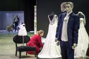 An der St.Galler Fest- und Hochzeitsmesse ist natürlich auch Mode für sie und ihn für die Trauung zu bestaunen. (Bild: Michel Canonica - 4. November 2016)