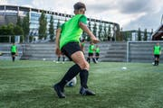 Die jungen Spielerinnen und Spieler von Future Champs Ostschweiz (im Bild ein Training der U14 im Gründenmoos) werben künftig auf ihren Trikots für die Shopping-Arena unter dem St.Galler Fussballstadion. (Bild: Michel Canonica - 13. Juni 2019)
