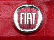 Der italienisch-amerikanische Automobilhersteller Fiat Chrysler (FCA) hat am Mittwochmorgen Gespräche mit dem französischem Opel-Mutterkonzern PSA über einen Zusammenschluss bestätigt. Zuvor waren die Pläne bereits durchgesickert. (Bild: KEYSTONE/AP/ANTONIO CALANNI)