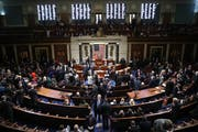 Das Repräsentantenhaus stimmt dem Amtsenthebungsverfahren zu. (Bild: AP Photo/Andrew Harnik)