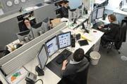 Online-Redaktoren bei der Arbeit. (Archivbild Luzerner Zeitung)