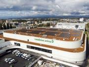 Das neue Eisstadion des Eishockeyclubs Lausanne HC in Malley wurde erst vor zehn Tagen eröffnet. (Bild: Keystone/LAURENT GILLIERON)