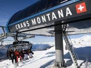 Die Bergbahnen von Crans-Montana fühlen sich im Magic Pass benachteiligt. Sie drohen erneut mit einem Ausstieg und fordern eine längere Kündigungsfrist. (Bild: Keystone/JEAN-CHRISTOPHE BOTT)