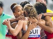 Die Schweizerinnen freuen sich über eine weiteren nationalen Rekord (Bild: KEYSTONE/JEAN-CHRISTOPHE BOTT)