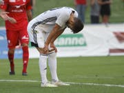 Trotz eines Treffers muss sich Karim Gazzetta mit Stade Lausanne-Ouchy in Vaduz geschlagen geben (Bild: KEYSTONE/SALVATORE DI NOLFI)