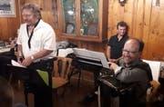Von links: Sepp Wipfli, Urs Baumann und Fredy Reichmuth zeichneten für die musikalische Zeitreise durch über 100 Jahre Innerschweizer Ländlermusik verantwortlich. (Bild: PD)
