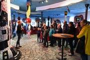 In der Hundertwasser-Markthalle in Altenrhein lernten die Besucher spannendes über den gleichnamigen österreichischen Künstler. (Bild: Max Tinner)