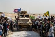 US-Militärfahrzeug in Syrien.Bild: AFP (Ras al-Ain, 7. Oktober 2019) (Bild: AFP)