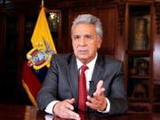 Ecuadors Präsident Lenín Moreno hat am Montag (Ortszeit) aufgrund der Ausschreitungen in der Hauptstadt Quito seinen Regierungssitz nach Guayaquil verlagert. (Bild: KEYSTONE/EPA PRESIDENCIA DE ECUADOR/JOSE JACOME HANDOUT)