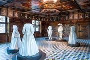 Heinrich Lochmann liess sich den Festsaal/Barocksaal mit Gemälden zeitgenössischer Herrscher 1667 in Zürich bauen. Der Barocksaal kam 1898 telquel ins Landesmuseum. Auf Knopfdruck erzählen Puppen vom Leben damals. (Bild: SNM)