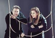 Stehen mit «Man sieht Rot» zum ersten Mal gemeinsam auf der Bühne: Sven Furrer und Barbara Terpoorten. (Bild: Kan&Sol/Beda Schmid)