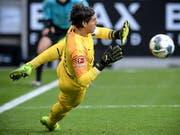 Yann Sommer parierte unter anderem einen Penalty (Bild: KEYSTONE/EPA/SASCHA STEINBACH)