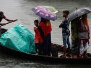 Tausende mussten in Indien und Bangladesh wegen des Zyklons «Bulbul» ihre Häuser verlassen. (Bild: KEYSTONE/EPA/MONIRUL ALAM)