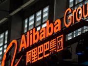 Der chinesische Amazon-Rivale Alibaba rechnet für die Rabattschlacht am «Single's Day» mit 500 Millionen Online-Kunden. (Bild: KEYSTONE/EPA/ALEKSANDAR PLAVEVSKI)