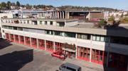 Das Depot der Berufsfeuerwehr St.Gallen zwischen dem Olma-Areal (im Hintergrund) und dem Athletikzentrum. (Bild: Ralph Ribi - 14. Oktober 2019)