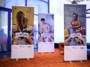 Im Zentrum der neuen Love-Life-Kampagne steht das Kondom. Kondome schützen vor HIV und anderen sexuell übertragbaren Infektionen. (Bild: KEYSTONE/ANTHONY ANEX)