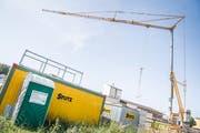Baustellencontainer werden seit einiger Zeit immer wieder Ziel von Einbrechern. Auf Baustellen in St.Gallen und Steinach wurden daraus übers vergangene Wochenende teure Elektronikgeräte gestohlen. (Symbolbild: Andreas Stalder - 25. Juni 2019)