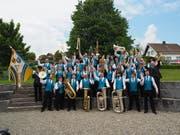 Die 45 Mitglieder freuen sich über die guten Platzierungen am St.Galler Kantonalmusikfest in Lenggenwil. (Bild: PD)