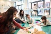 Ein Familienzentrum soll beim Austausch helfen. (Bild: Getty)