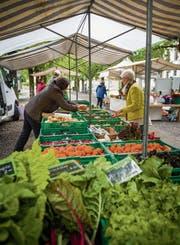 Ein Wochenmarkt – wie auf der Frauenfelder Promenade – ist auch auf dem Platz vor dem Aadorfer Gemeinde- und Kulturzentrum denkbar.Bild: Andrea Stalder (Juli 2017)