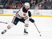 Gaëtan Haas konnte mit Edmonton gegen die St. Louis Blues nicht viel ausrichten (Bild: KEYSTONE/FR52593 AP/JAY LAPRETE)