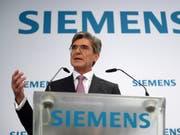 Siemens-Chef Joe Kaeser kann mehr Umsatz verkünden. (Bild: KEYSTONE/EPA/RAINER JENSEN)