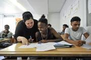 Minderjährige Asylbewerber besuchen eine Integrationsklasse in Weinfelden. (Bild: Donato Caspari)