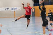 Bilden seit dieser Saison das Trainer-Duett beim BSV Stans: Steffie Seerup Olesen (oben) und Gréta Grandjean (unten). Bilder: Roger Grütter
