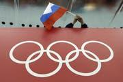 Den russischen Sportlern droht ein Ausschluss von den Olympischen Sommerspielen 2020 in Tokio (Bild: David J. Phillip/AP Photo)