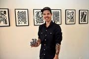 Adrian Gander alias «Anoy» in seiner Ausstellung in der Ermitage Beckenried.Bild: Romano Cuonz (7. November 2019)