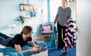 Die heutigen jungen Erwachsenen mögen ihre Eltern und Eltern ihre Kinder – wenn sie es sich bloss nicht so bequem machen würden. Bild: Getty Images