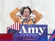 Ankündigung bei minus zehn Grad: Die demokratische US-Senatorin Amy Klobuchar will 2020 Präsidentin werden. (Bild: KEYSTONE/AP Star Tribune/ANTHONY SOUFFLE)