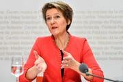 Bundesrätin Simonetta Sommaruga spricht zum Abstimmungsergebnis der Zersiedelungs-Initiative. (Bild: Peter Schneider/Keystone (Bern, 10. Februar 2019))