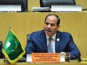 Ägyptens Präsident Abdel Fattah al-Sisi fordert von den afrikanischen Staaten mehr Zusammenarbeit für die Bewältigung von Flüchtlingskrisen. Al-Sisi ist zurzeit Vorsitzender der Afrikanischen Union. (Bild: KEYSTONE/EPA/STR)
